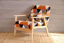 椅子-2万円前後 / 既製品椅子1.5〜2.5万円くらい