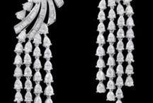Earings / Jewellery