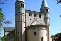 Architecture (pre-romanesque)