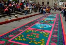 Vrolijk Pasen! (alias: Semana Santa in Guatemala) / Pasen wordt groots en kleurrijk gevierd in Guatemala. In feite wordt een hele week gevierd, de zgn Semana Santa. Hier een impressie van deze week, tijdens mijn eigen verblijf in Guatemala in 2011: véél optochten, véél tromgeroffel, véél pracht en praal, en véél wierook! Vrolijk Pasen allemaal!
