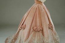 Historický odev
