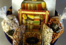 Indian Sweets Gift Baskets / Traditional fresh Indian sweets, snacks & gift baskets to celebrate diwali, holi, rakhee, durga puja, eid or just for fun.