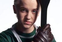 Tom Felton / Draco Malfoy. L'élève tourmenté de Serpentard. L'incompris. Mais pourquoi à votre avis? Regardez.