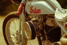 Motorcycle / http://www.powderyellow1.com/