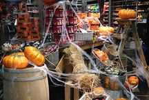 Fall Merchandising Displays For Retailers / Tips and ideas for creating interesting and engaging fall displays in your retail store.