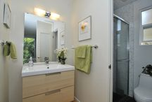 Eichler Bathrooms / Enjoy some amazing bathrooms in Eichler homes
