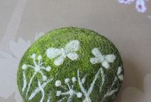 tutorials: needle felting (bracelets & brooches)