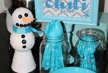 Celebrate good times - - Winter Party / by Sara ColelLa