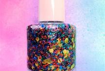 Nails / by Whitney Vanatta