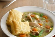 Soups and Crockpot Recipes / by Jessica Greve