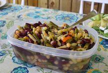 accompagnement  de  legumes , salades  et  légumineuses .