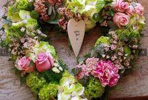 Pretty Wreaths & Hearts