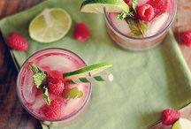 Drinks / by Marianne Krivan