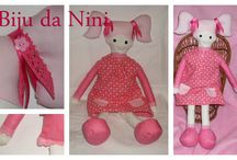 Rosinhas / Nascida em Janeiro de 2015, a Rosinha veio para encantar :)  É a boneca de trapos mais divertida :)