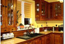 Kuchnia z litego drewna / Meble wykonane metodą klasyczną z litego drewna czereśni