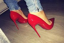 ◀High  heels▶ / ' High heels bring you closer to heaven '