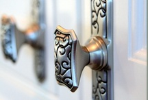Cabinet knobs / Decorative knobs