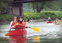 Catch a thrill in Lynchburg  / Lynchburg offers endless excitement from kayaking the James River, indoor rock climbing, all season ice skating to the only year round, outdoor snow sports slope in the nation!