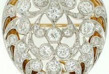 Jewelry, Bijoux & Clocks