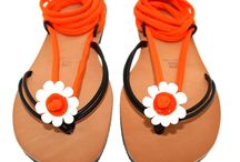 FLIP FLOPS JEWELRY / Infradito per colorare la tua estate. I lacci con decorazione in vetro di Murano lavorato a mano sono sostituibili per avere in ogni occasione un nuovo infradito ai tuoi piedi.  --------------------------------------------------------------------------- Flip flops to color your summer. The laces with decoration in Murano glass, handmade are replaceable. You can have on every occasion a new flip flops at your feet.