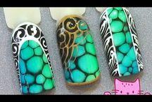 растекашки на ногтях