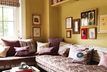 Living Rooms/Sitting Rooms / by Victoria Gonzales