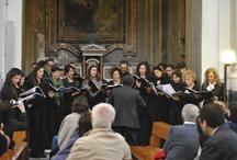 """Mysterium Vocis / Materiale fotografico relativo alla """"Passeggiata musicale allo Spirito Santo"""" promossa dall'Associazione Musicale """"Mysterium Vocis"""" il 25 maggio, presso il cortile e il complesso dello Spirito Santo in via Toledo."""