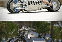 Motorcycles / by Jacob LaFountaine