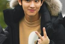 Chanyeol (Park Chanyeol) / Channie (93) Rapper & Vocal EXO (SM) <3 <3 <3 <3