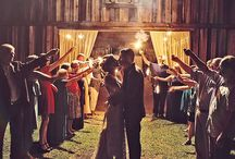Dream barn wedding / by Lauren Deaver