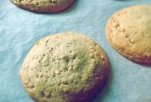 Cookie Cookie Cookie / Big ones, Small ones, some as big as your head
