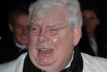 Richard Griffiths dies