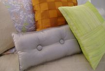 Bright Coloured Bedroom Ideas / Be bold with bright highlights - accessories in silk, linen and more...
