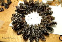 corone natalizie con pigne