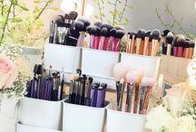 {make-up organization}