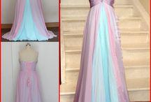 Šaty a doplnky