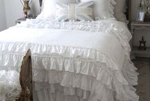 Lovely Linens & Beautiful Bedsteads