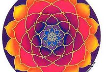Mandalas / Art + Relaxation