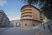 Andorra La Vella, casas en venta / Casas, pisos y otras propiedades para comprar en la parroquia de Andorra la Vella, capital del Principado de Andorra. Buying flats, houses, luxury properties, apartment buildings, hotels, premises, etc.