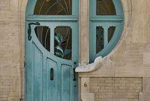 Architektonické prvky / brány, okná, portály ...
