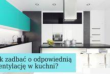 Poradnik / Jak prawidłowo zamontować okap kuchenny? Jak wybrać odpowiednią szerokość okapu? Na jakiej wysokości go umieścić? Jak wyciszyć pracę okapu kuchennego? Jak czyścić pochłaniacz? Na te wszystkie pytania (a nawet i więcej!) odpowiadamy na łamach naszego poradnika!