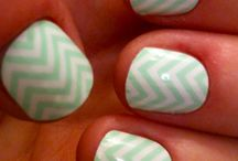 Nail pretties / by Emily Mitchell Swinyer