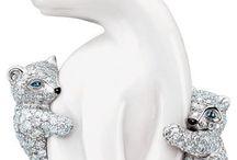 Animals in jewelry