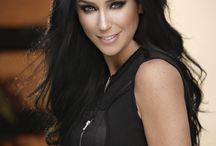 La guapa Inés Gómez-Mont / Checa las mejores imágenes de nuestra portada de noviembre, donde la conductora luce bellísima.