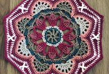 crochet: Persian tiles