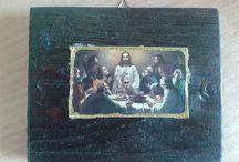 Πασχαλινές εικόνες / Εικονίσματα από κεραμίδι και ξύλο με θέμα τα Πάθη του Χριστού