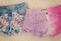 .: Shorts :.