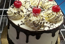 All Occasion Cakes / At Sweet Themes Bakery, we love baking deliciously fresh, fun cakes to celebrate the special moments in life - birthdays, anniversaries, graduations, baby and bridal showers and more!