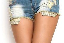 Šortai / Čia pateikiami keli šortų modeliai iš mūsų šortų asortimento internetu www.drabuziuoaze.lt/dzinsai . Šortai internetu!