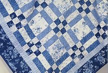 Quilts Blue and White / by Linda Christie